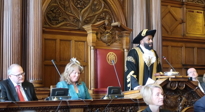 "Celebrity Green Mayor of Sheffield ""Magic"" Magid"
